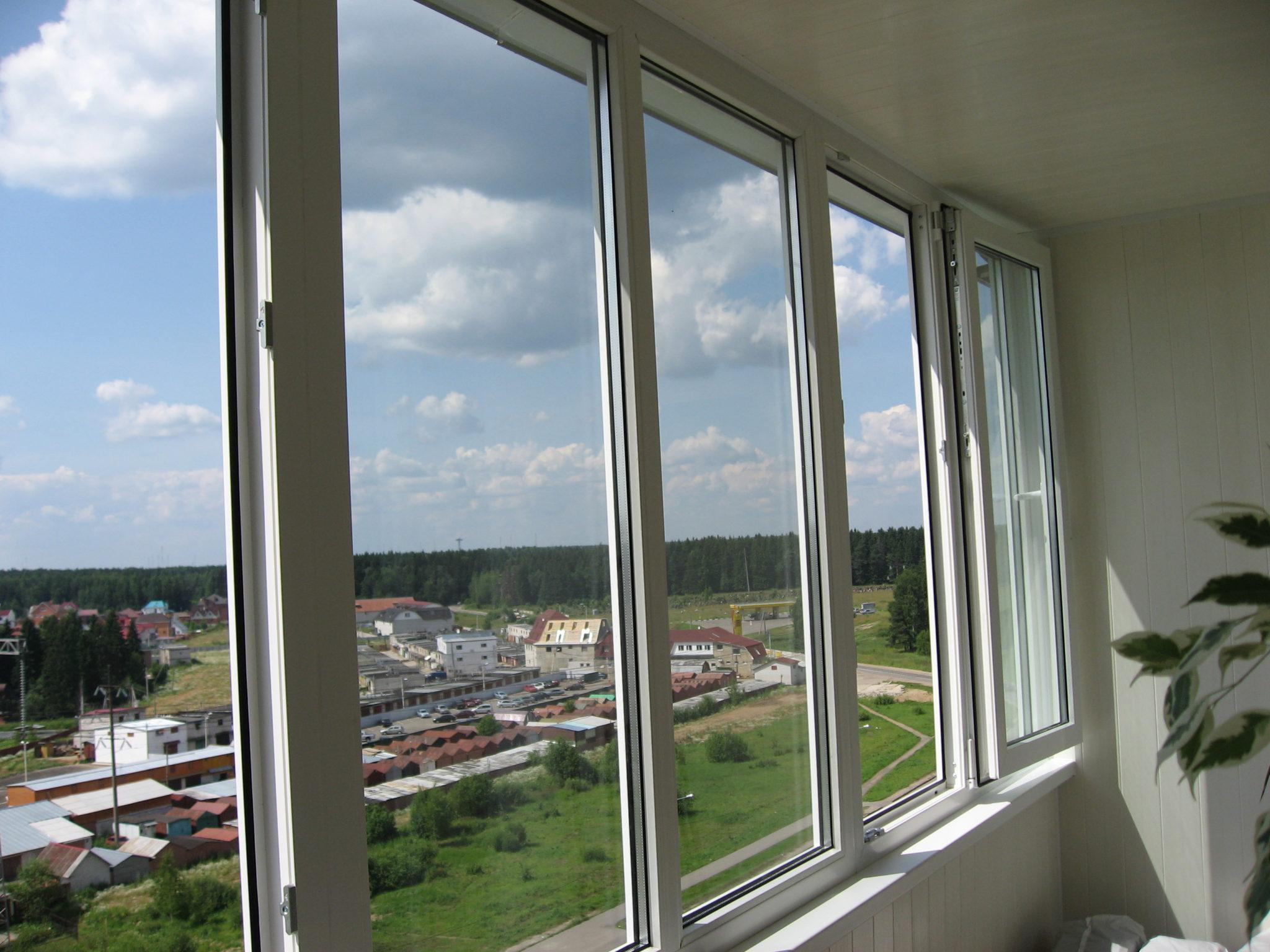 Виды остекления балконов и лоджий.