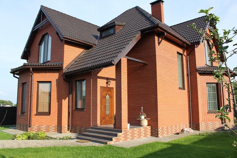 Кирпич - материал для возведения стен дома