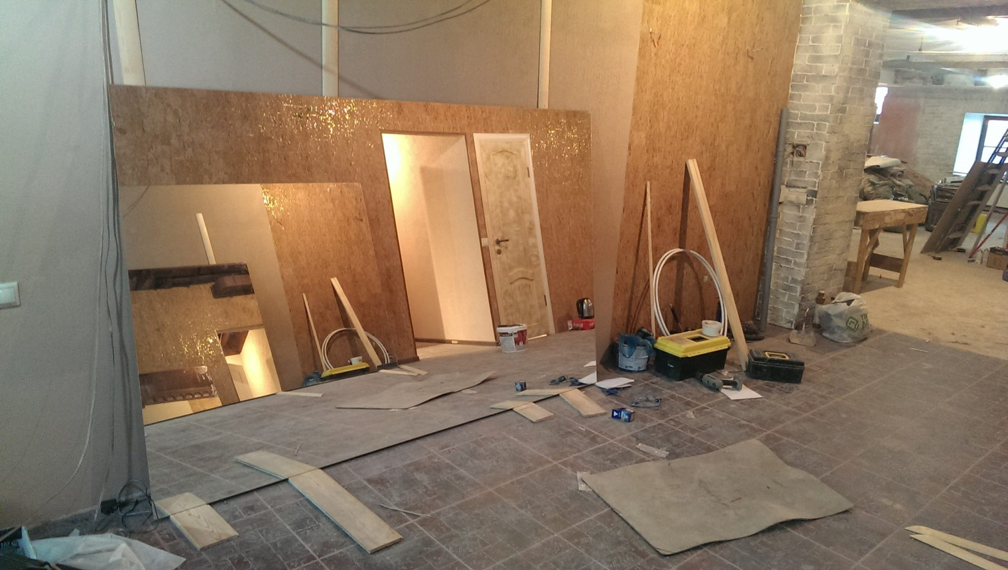 Людям очень часто приходится сталкиваться с вопросом ремонта квартиры