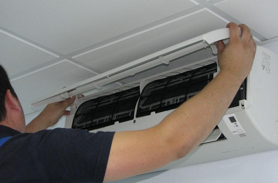 Правила очистки фильтра внутреннего блока кондиционера