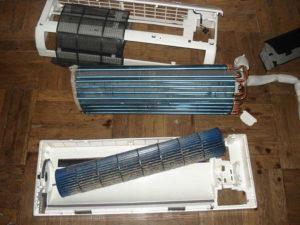Правила очистки теплообменника во внутреннем блоке