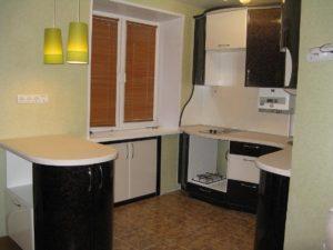 Способ экономии квартирного метража. Встроенный кухонный холодильник
