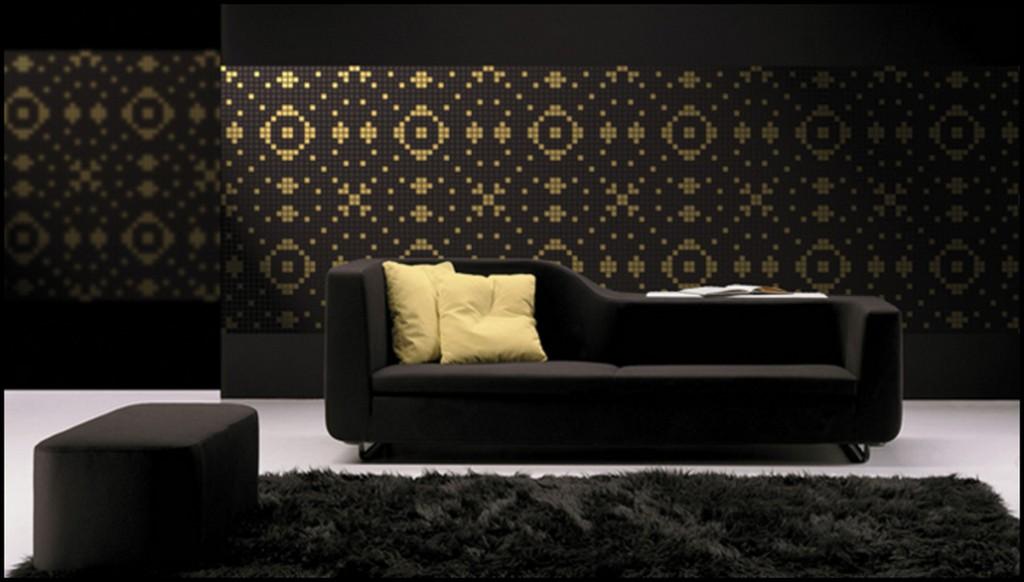 Мозаика над диваном