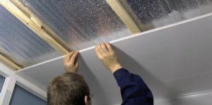 Деревянная обрешетка на потолок