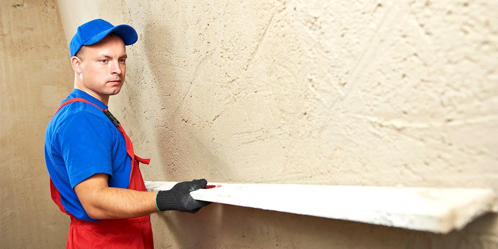 Выравнивание стен штукатуркой своими руками